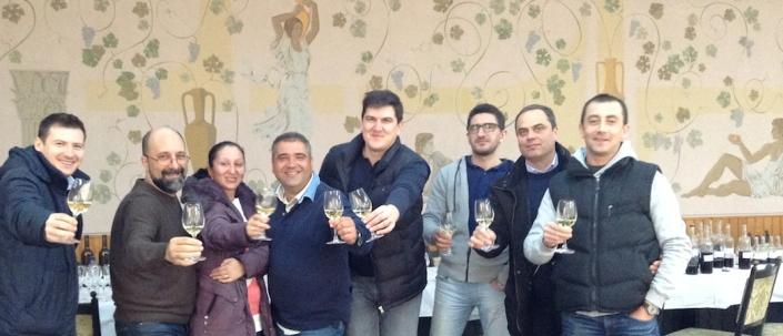 A devenit deja o traditie ca imediat dupa Revelion sa facem impreuna evaluarea vinurilor. xxxx - xxxx,