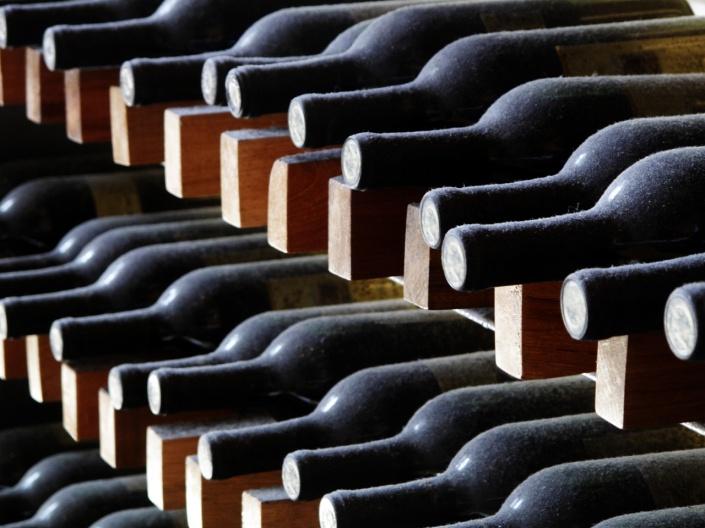 stocare vinuri 2