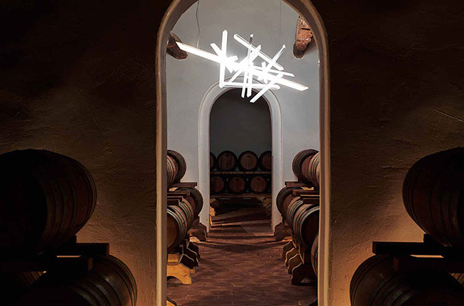 Wine-art-treasure-hunt